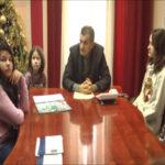 Graonačelnik Zaječara priredio prijem za đake čiji se radovi nalaze na novogodišnjem kalendaru