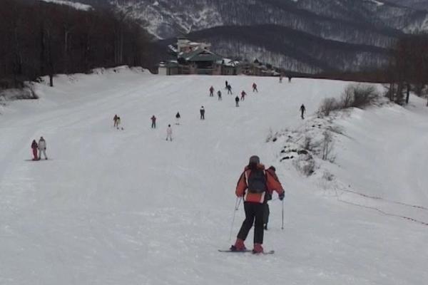 Počelo je sa radom skijalište na Crnom Vrhu kod Bora