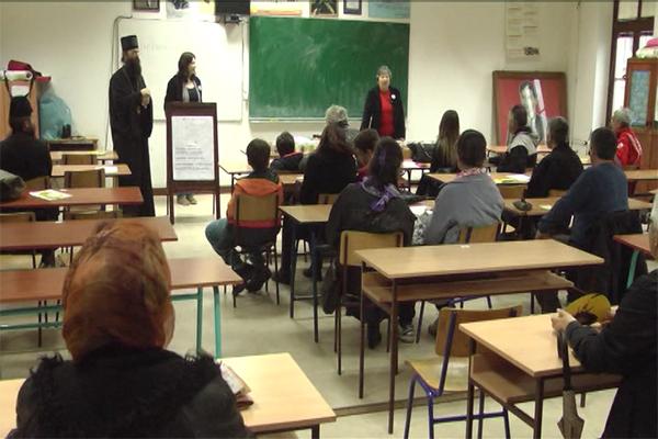 Crveni krst Zaječar organizovao humanitarnu aukciju šolja