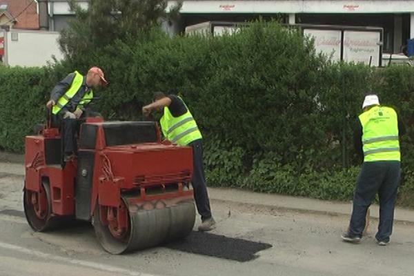 Na području grada Zaječara nastavljeno uredjenje ulica i lokalnih puteva