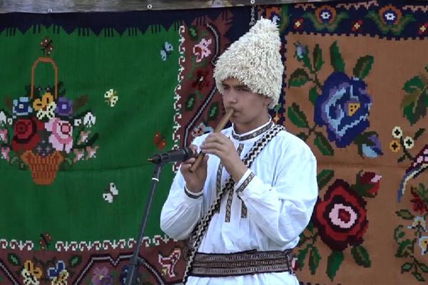 """Sedmi Sabor frulaša idudučara """"Homoljska frula"""" u Žagubičkom selu Osanica"""
