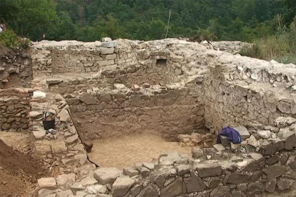 Počeli su radovi na arheološkom lokalitetu Vrelo - Šarkamen