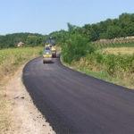 Asfaltiranje puta od Rogljeva do Veljkova u dužini od 4,2 kilometra