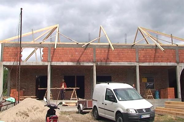 Negotin: Pokrivanje Svetosavskog doma u Dušanovcu
