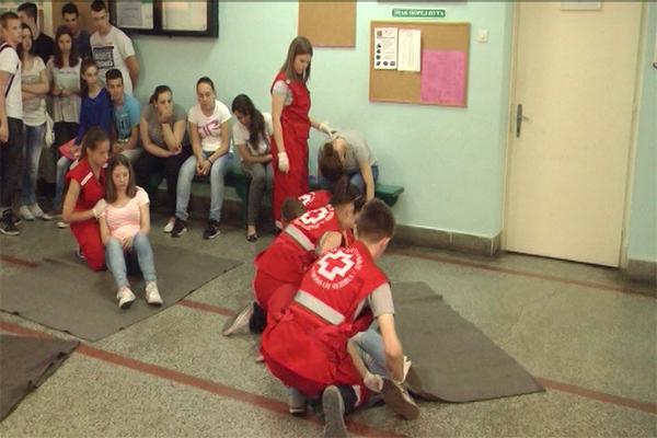 Zaječar: Crveni krst Zaječar u okviru dečije nedelje organizuje pokaznu vežbu pružanja prve pomoći