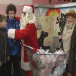 Zaječar: Druženje sa Deda Mrazom, u dvorištu Dečijeg centra