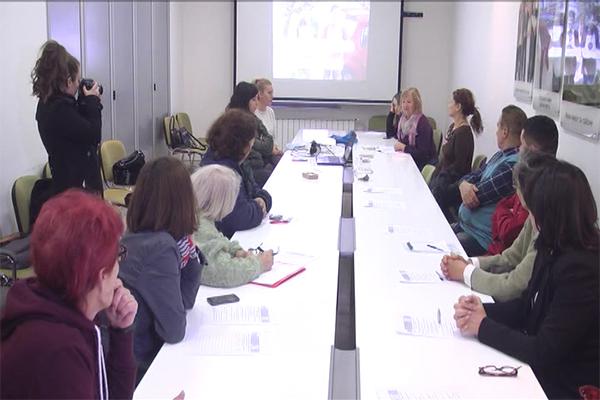 """Zaječar: Održan je seminar """"Podrška zapošljavanju i radnom angažovanju osoba sa invaliditetom"""""""