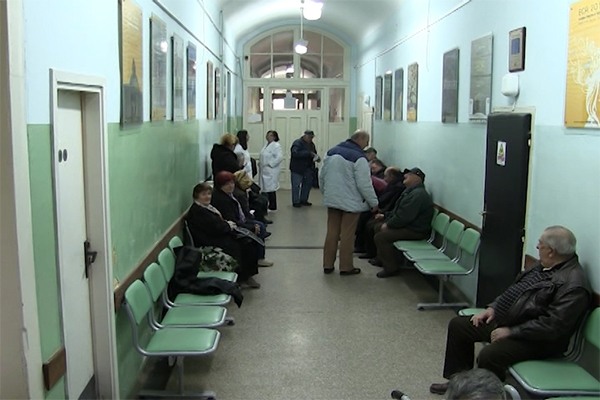 Zaječar: Dozvoljene su posete bolesnicima u zdravstvenom centru u Zaječaru u uobičajenim terminima.