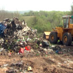 Počelo je uklanjanje divlje deponije u selu Mali Izvor: Radove obišao gradonačelnik Ničić