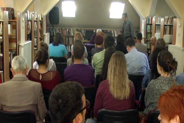 U zaječarskoj biblioteci prof. dr Ljubodrag Dimić održao predavanje na temu