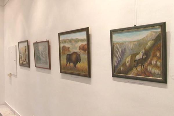 "U likovnoj galeriji negotinskog doma kulture ""Stevan Mokranjac""  otvorena je izložba slika Negotinca Ljubiše Marinovića"