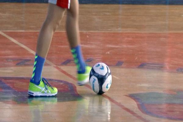 Na okružno takmičenje u fudbalu idu učenice Medicinske i učenici Tehničke škole