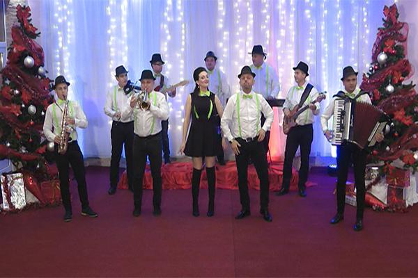 Redakcija zabavnog programa TV Istoka priprema bogat novogodišnji program!