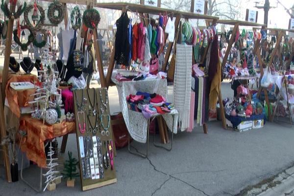 Novogodišnji bazar u Zaječaru okupio izlagače iz cele Srbije