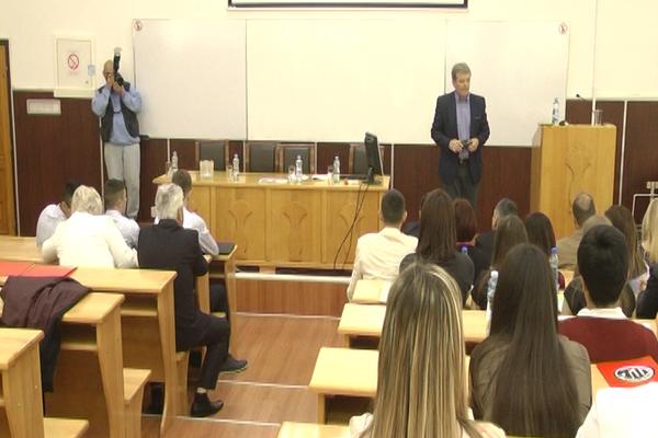 Studija slučaja održana na Fakultetu za menadžment (VIDEO)