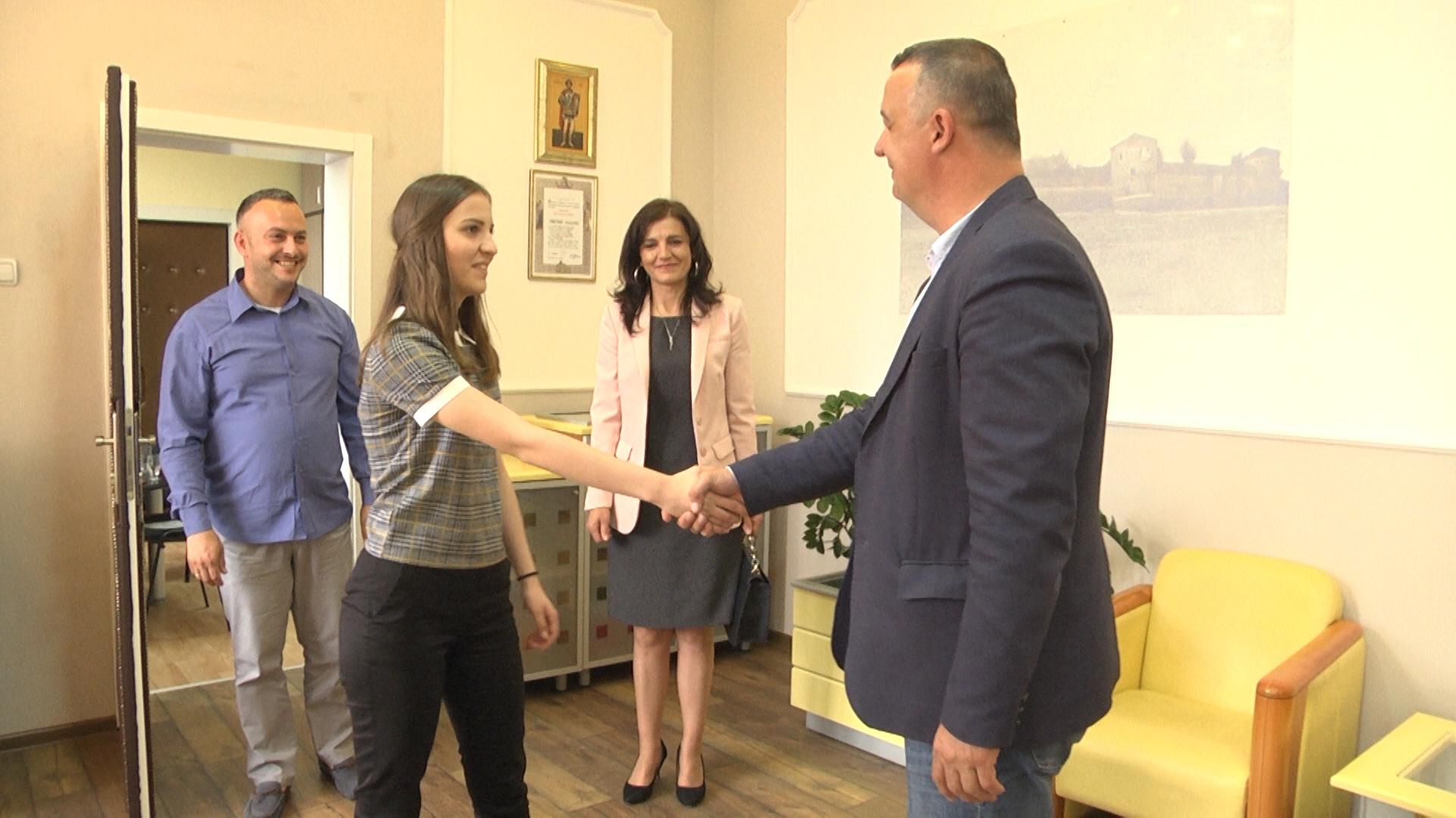Katarina Jovanović osvojila treće mesto na republičkom takmičenju iz francuskog jezika