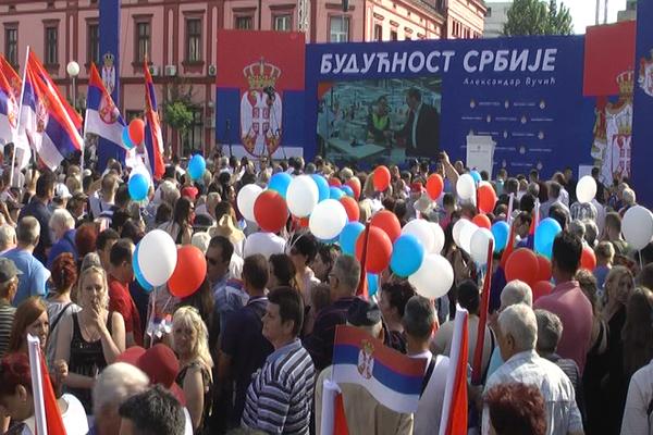 Vučić obećao 2000 novih radnih mesta u Zaječaru, nove puteve i Zdravstveni centar (VIDEO)