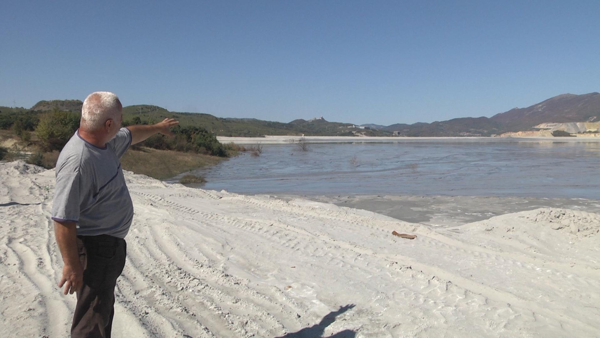 Flotacijsko jalovište Veliki Krivelj narušava životnu sredinu žitelja sela Oštrelj