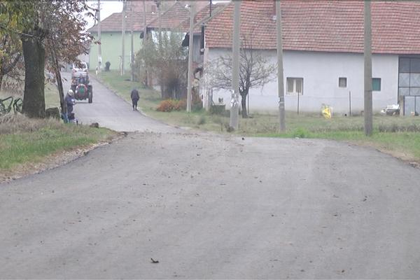 Završeni su radovi na rekonstrukciji državnog puta IIA-169 kroz selo Šipikovo