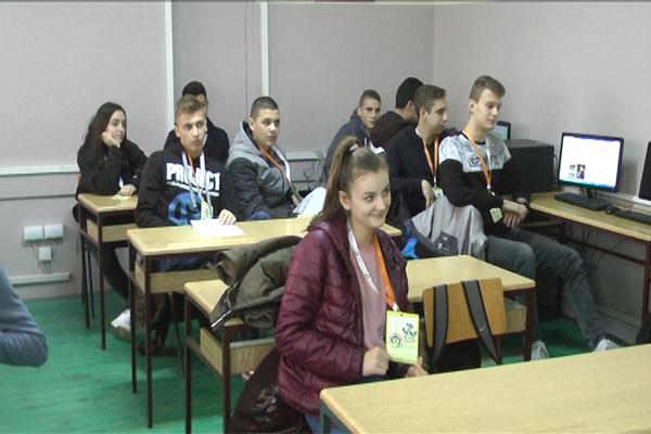 Novinarsku sekciju Tehničke škole u Zaječaru podržalo Ministarstvo sporta (VIDEO)