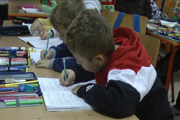 Deca i roditelji vole produženi boravak u OŠ Ljuba Nešić u Zaječaru (VIDEO)